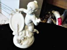 VINTAGE CAPODIMONTE WHITE BLANC DE CHINE FIGURE CHERUB ARROW & HEART RAISED ROSE